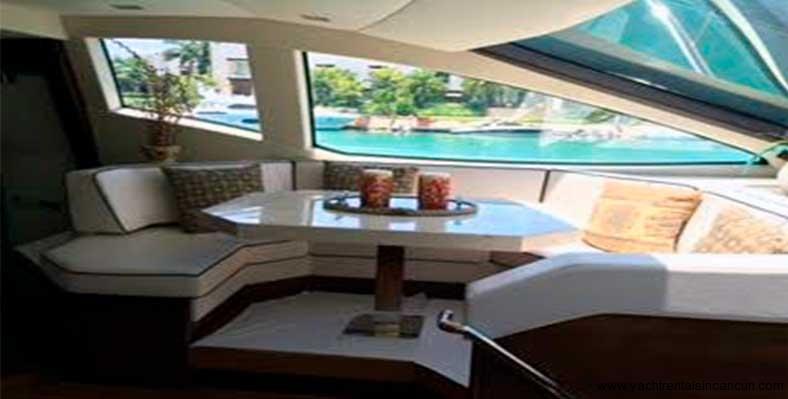 Renta-de-yates-en-Cancun-Charter-Privado-Azimut-85-pies-2